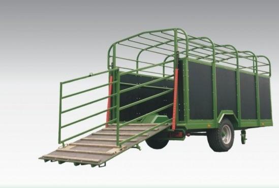 Prepravník zvierat (dobytčák) T046 (3,7 t)